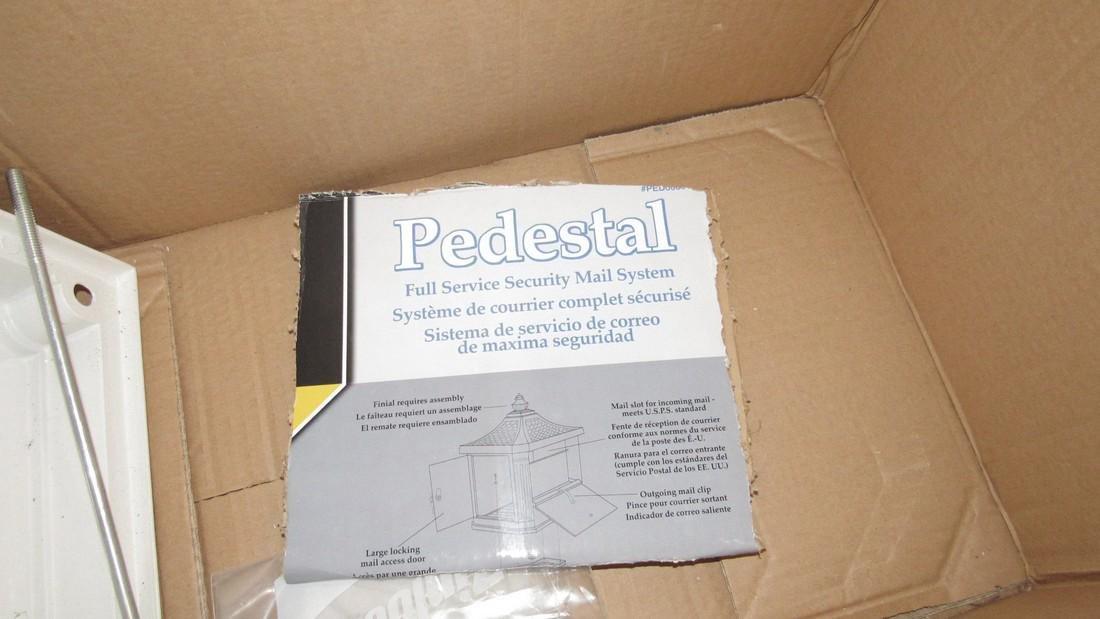 Pedestal Postal Service Security Mailbox - 4