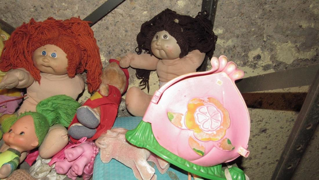 Barbie & Cabbage Patch Dolls - 3
