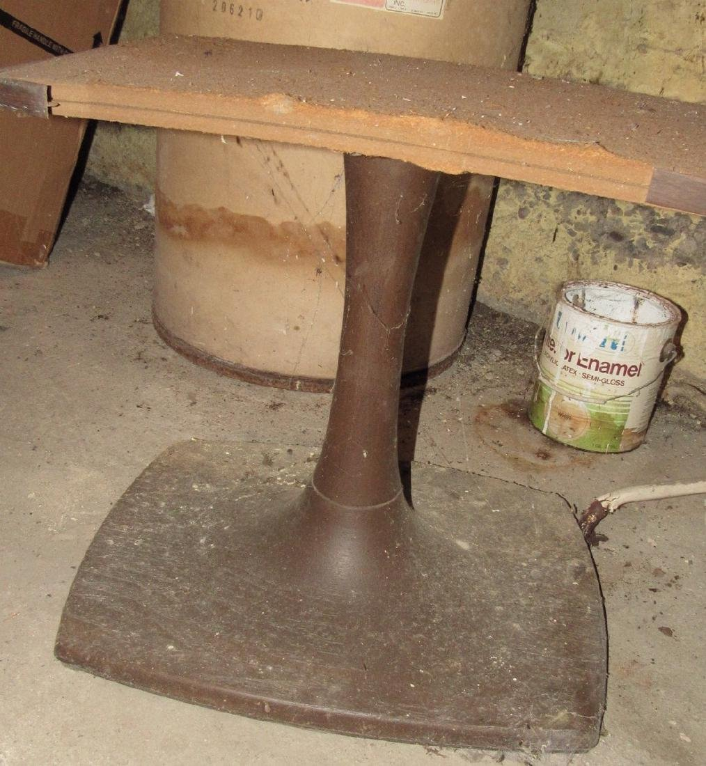 Mid Century Modern Plant Stand & Plastic Table - 3