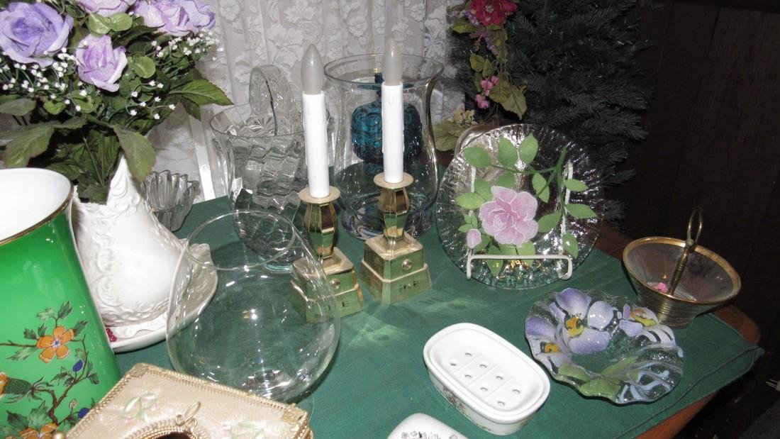 Table Contents Glassware Christmas Clocks Misc - 4