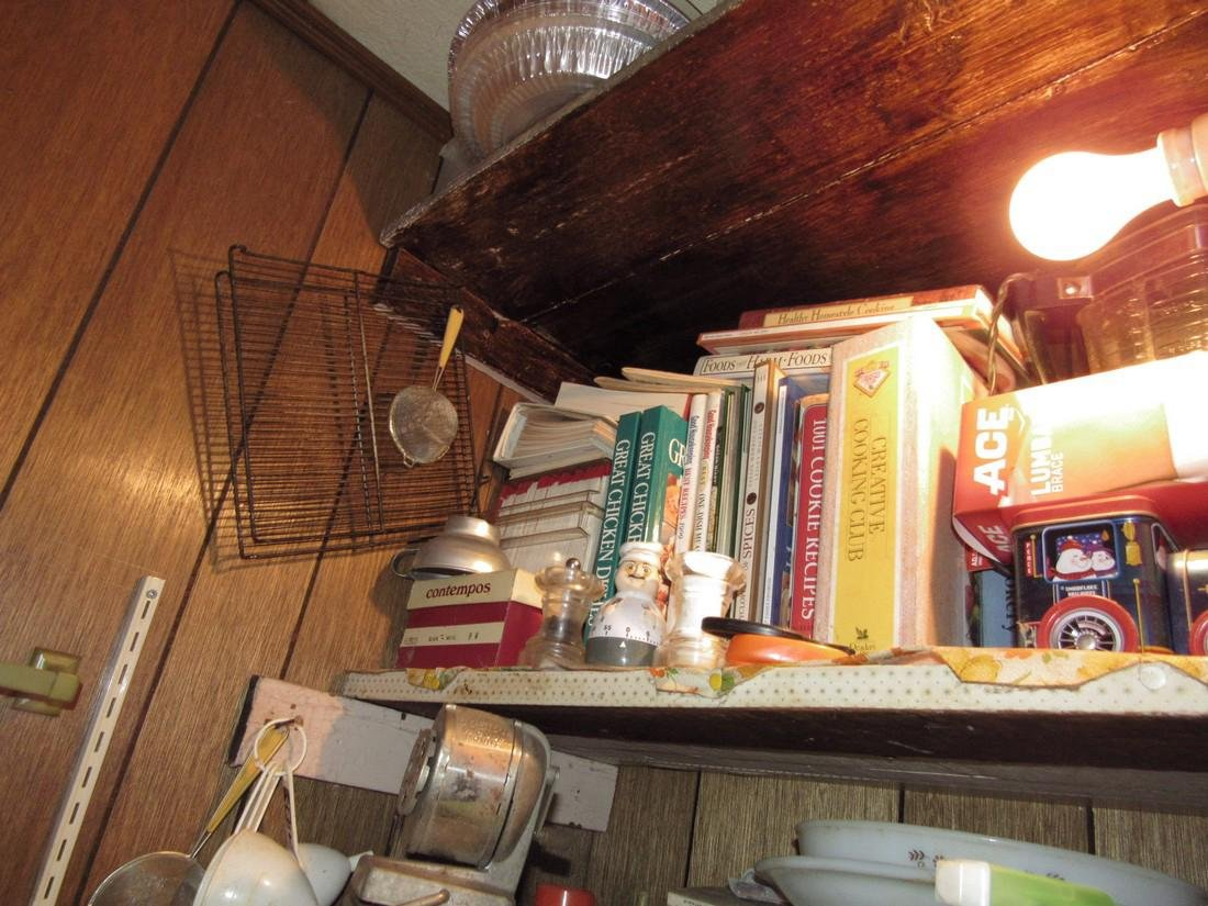 Contents of Kitchen Closet - 7
