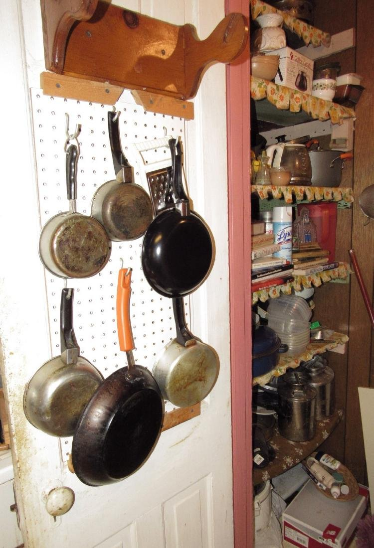 Contents of Kitchen Closet - 9