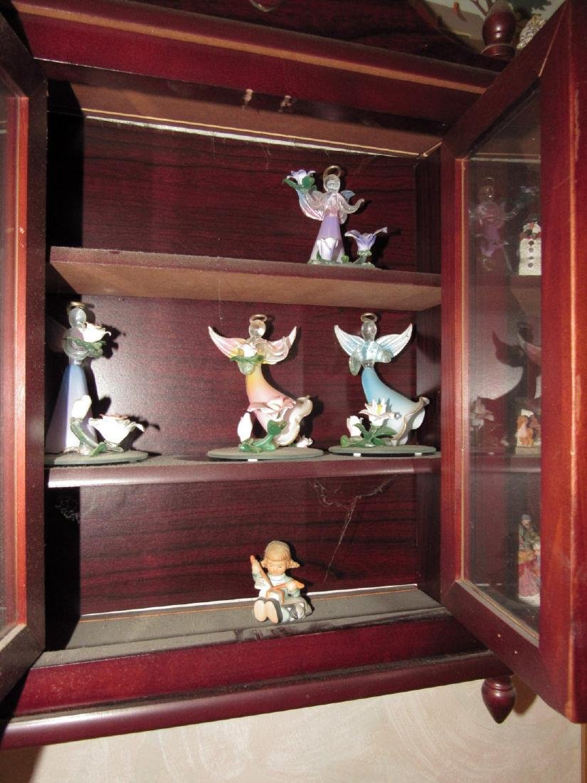 Knick Knack Shelf & Contents - 4