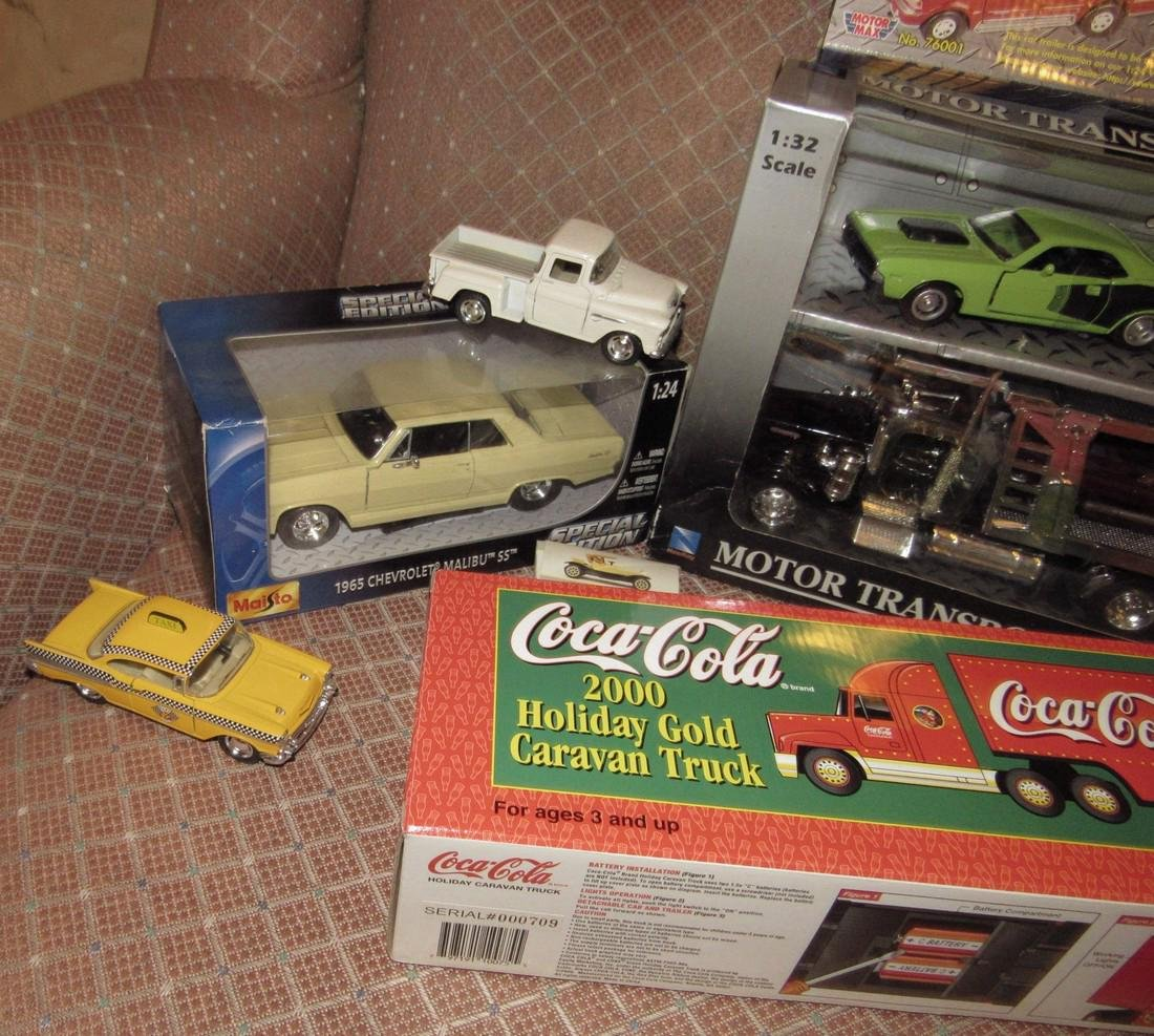 Diecast Toy Lot - 3