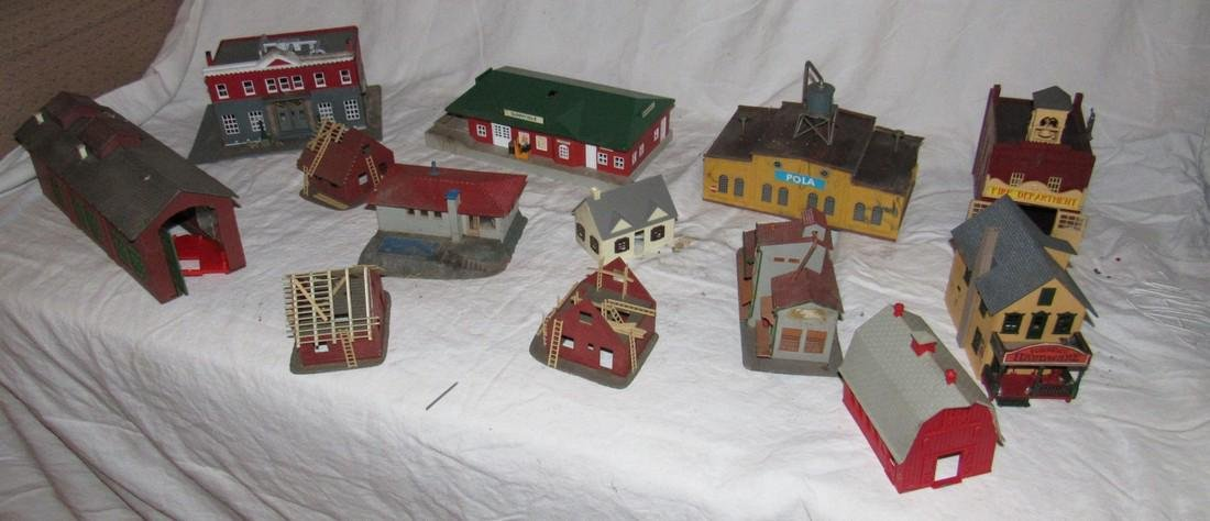 Plastcville Houses