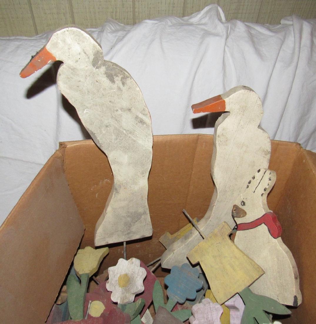 Wooden Flower Stork People Yard Ornaments - 2