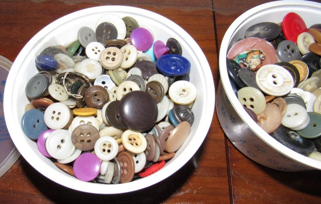 Lot of Vintage Buttons - 2