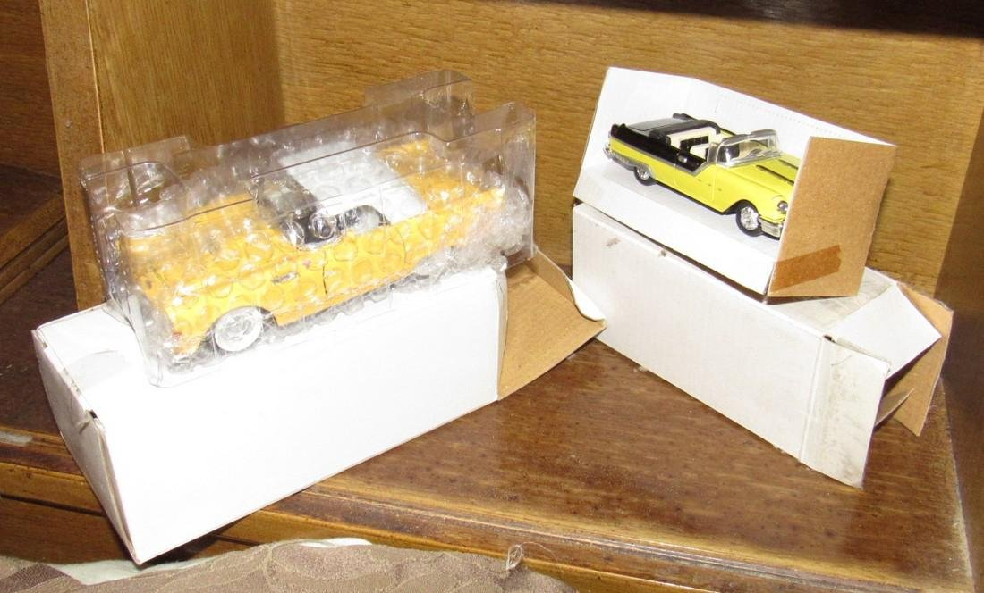 Lot of Die Cast Toy Cars - 3