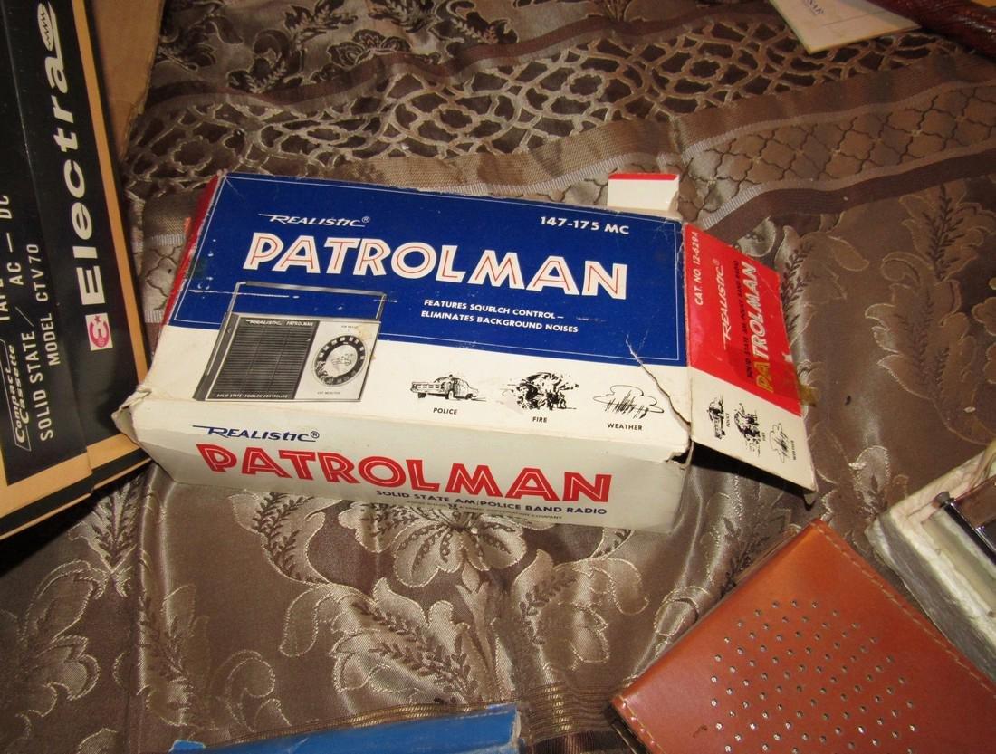 Vintage Radios Electra Tape Recorder Realistic - 3