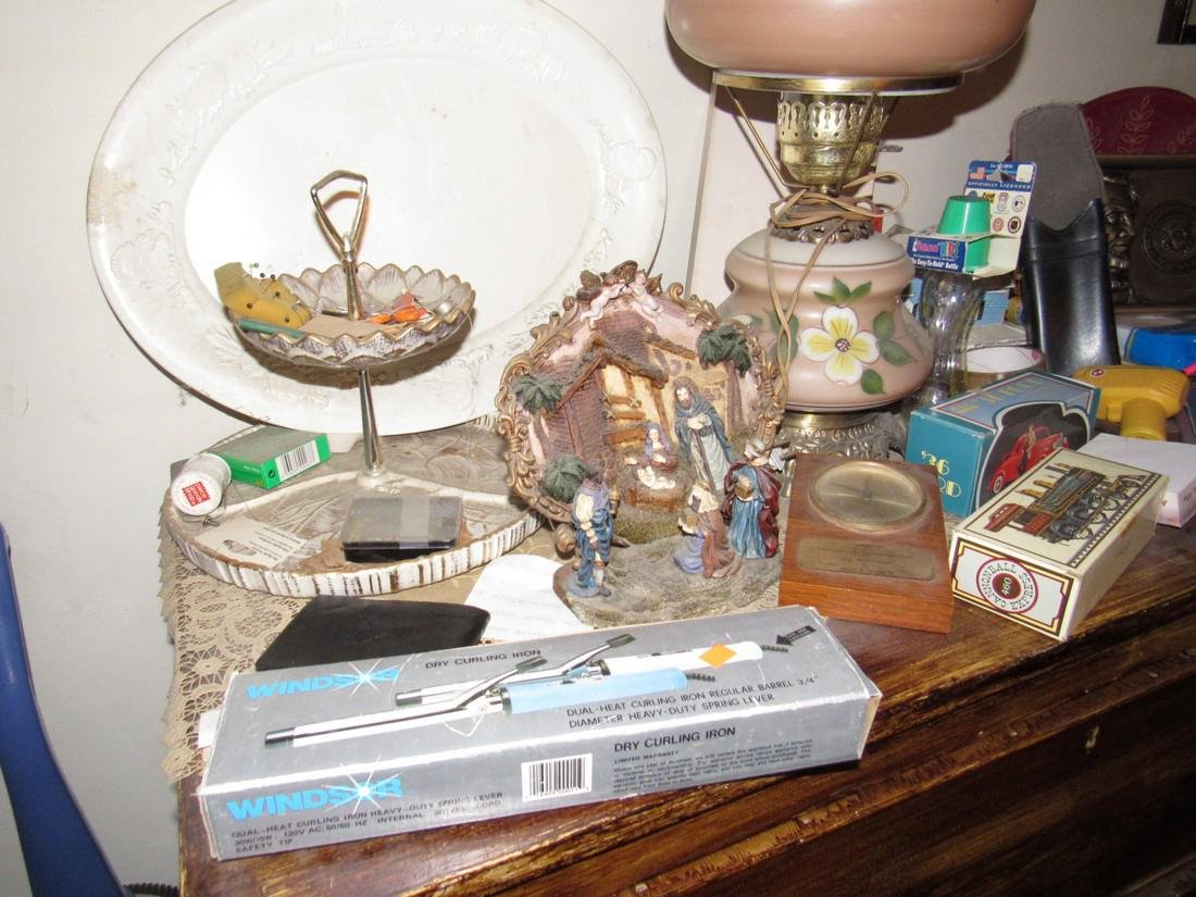 Lamp & Misc Contents Lot - 2