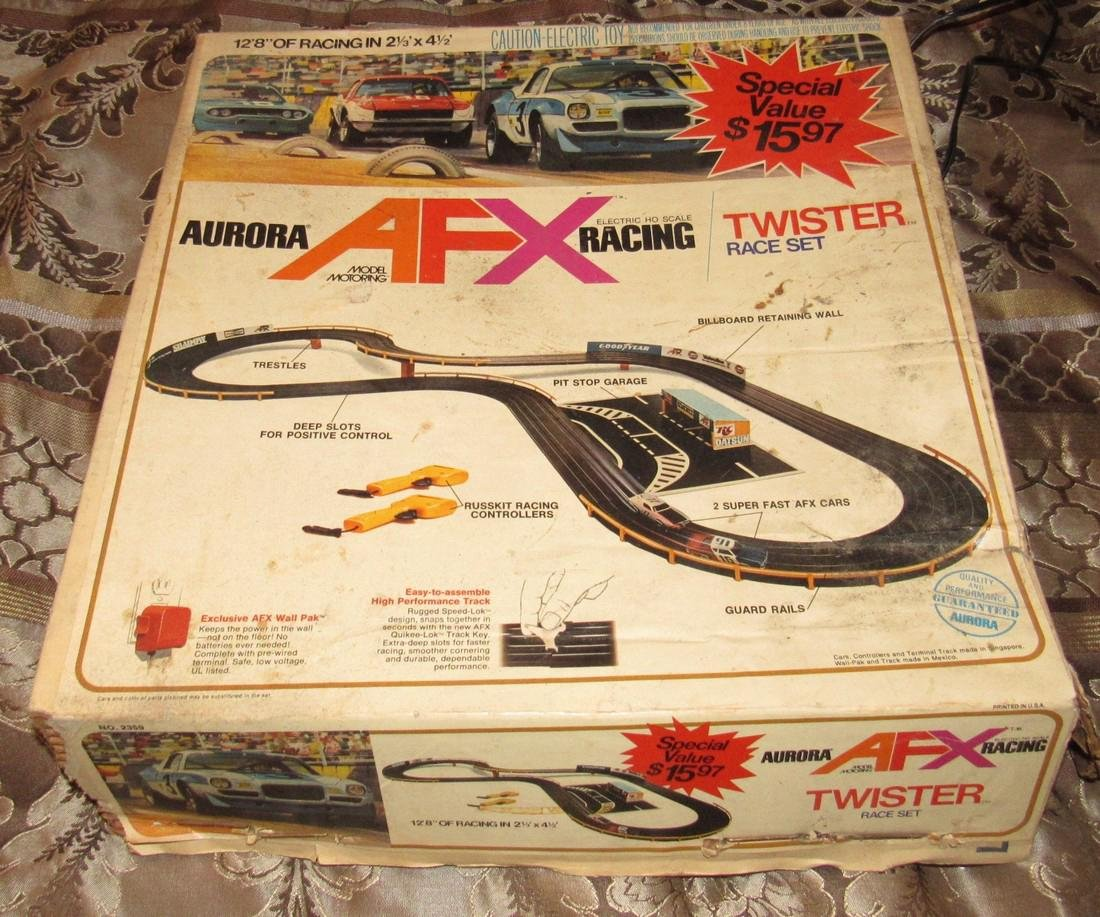 AFX Twister Slot Car Track & Cars