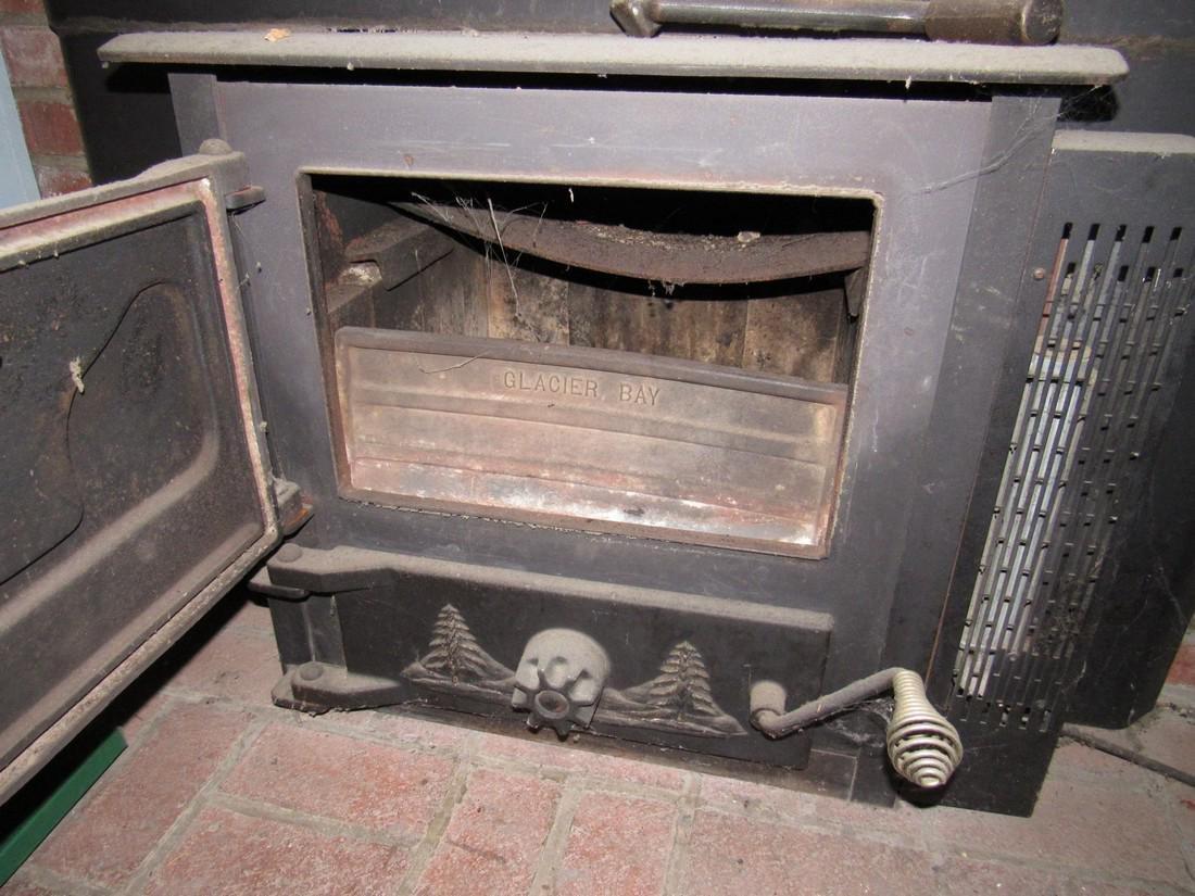 Glacier Bay Fireplace Wood Stove Insert - 2