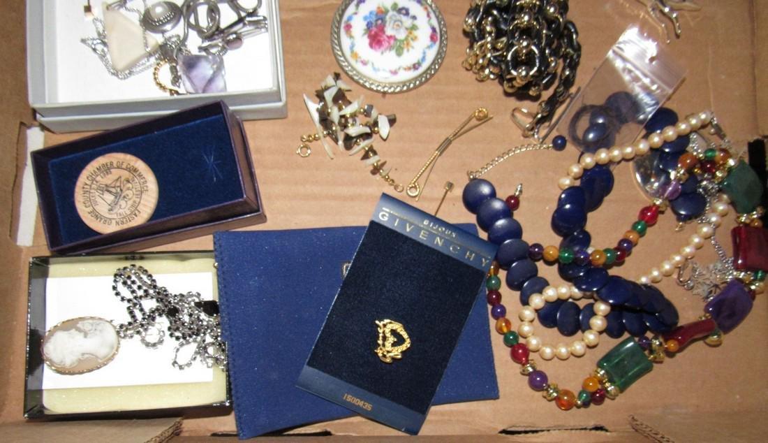 Misc Jewelry Lot - 4