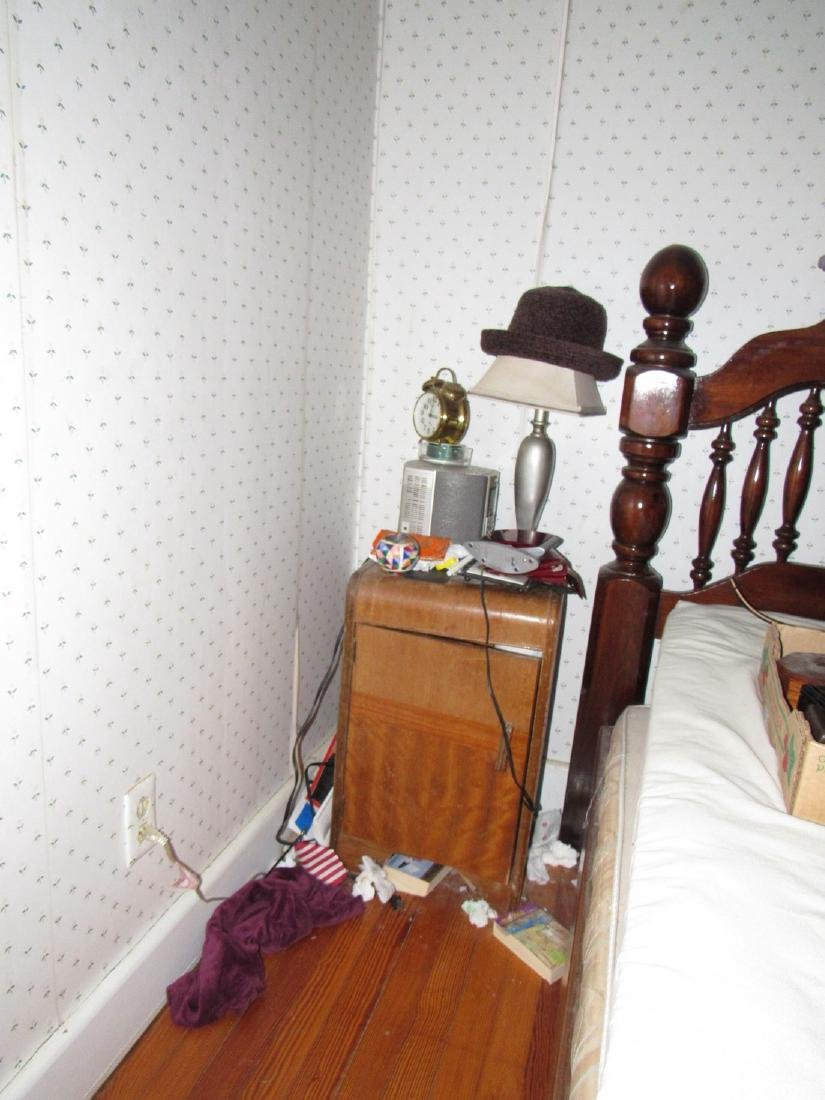 Partial Bedroom Contents - 2