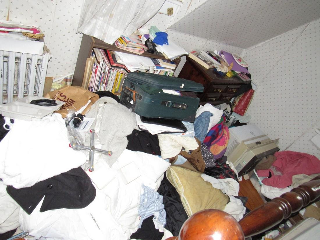 Partial Bedroom Contents - 3