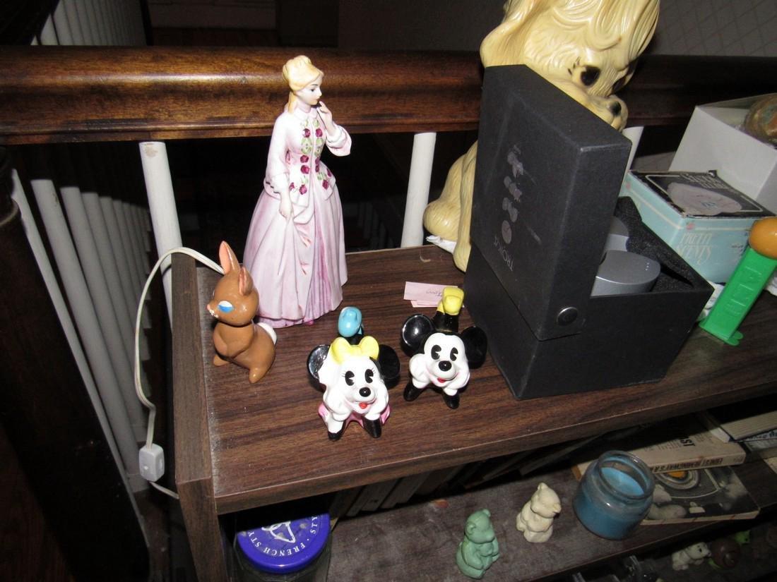 Walt Disney Japan Lamp Oriental Books Bank - 8