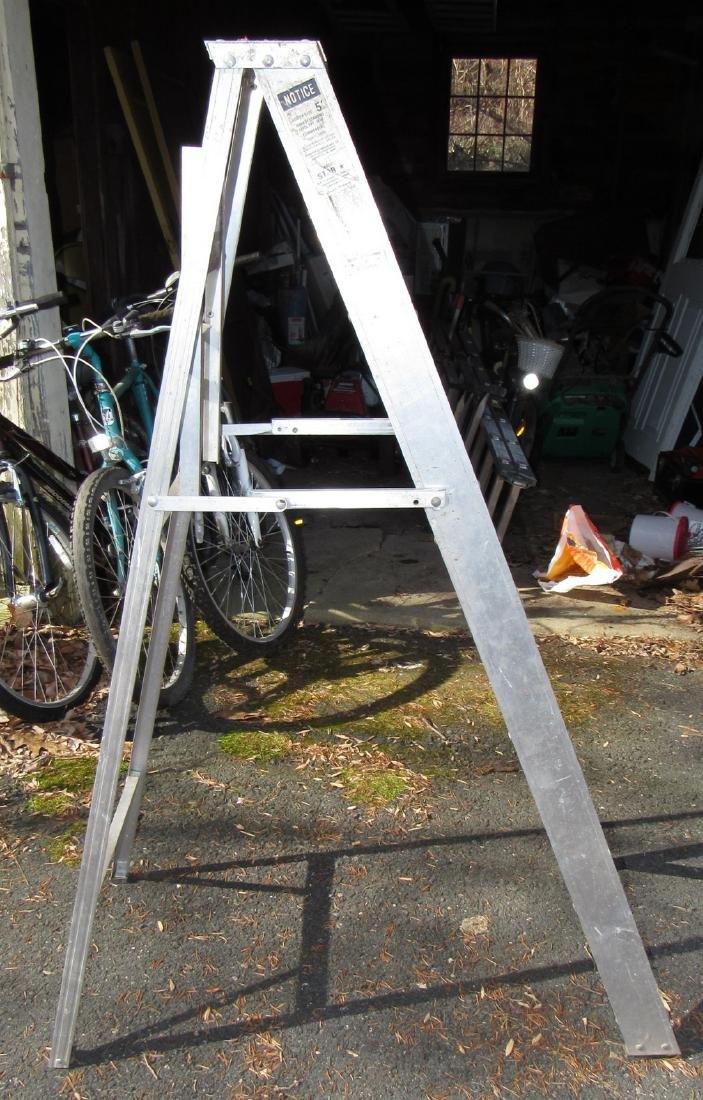 5' Aluminum Type II Step Ladder - 2