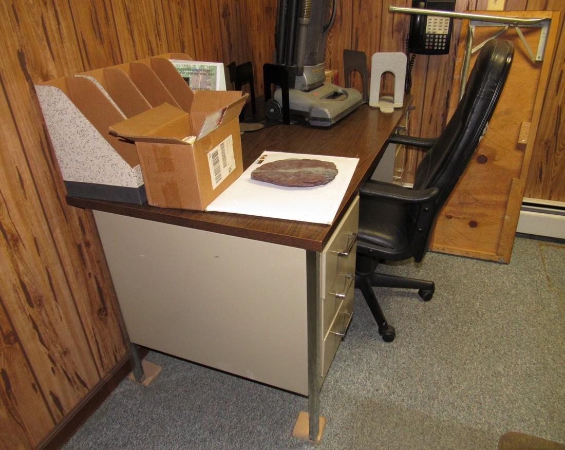 Desk Chair & Contents - 2