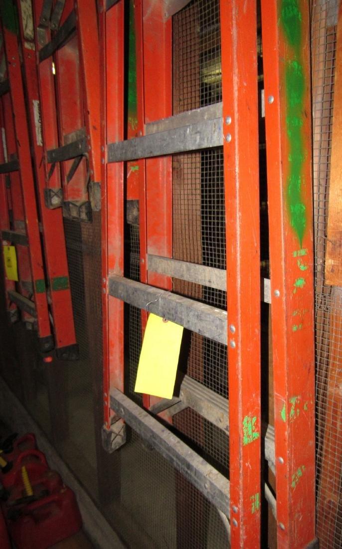 4' & 6' Step Ladders - 2