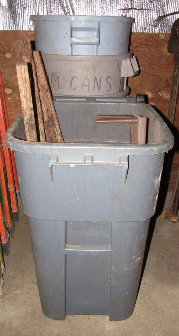 5 Garbage Cans