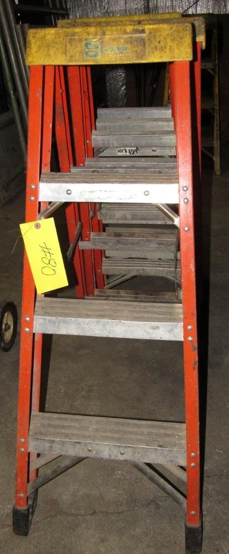 (4) 4' Bauer Fiberglass Step Ladders - 2