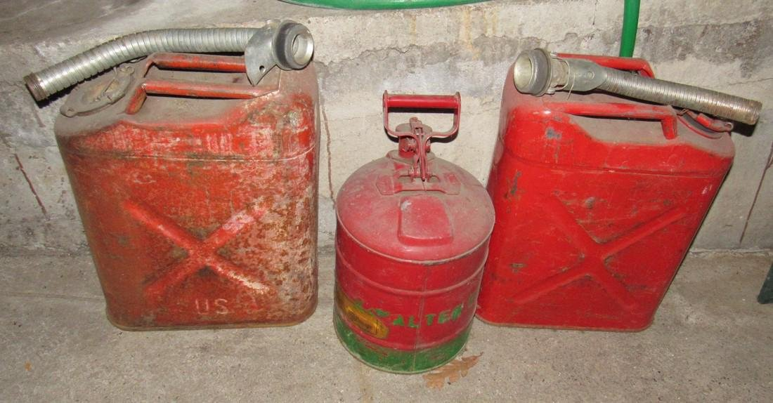 3 Gas / Fuel Cans