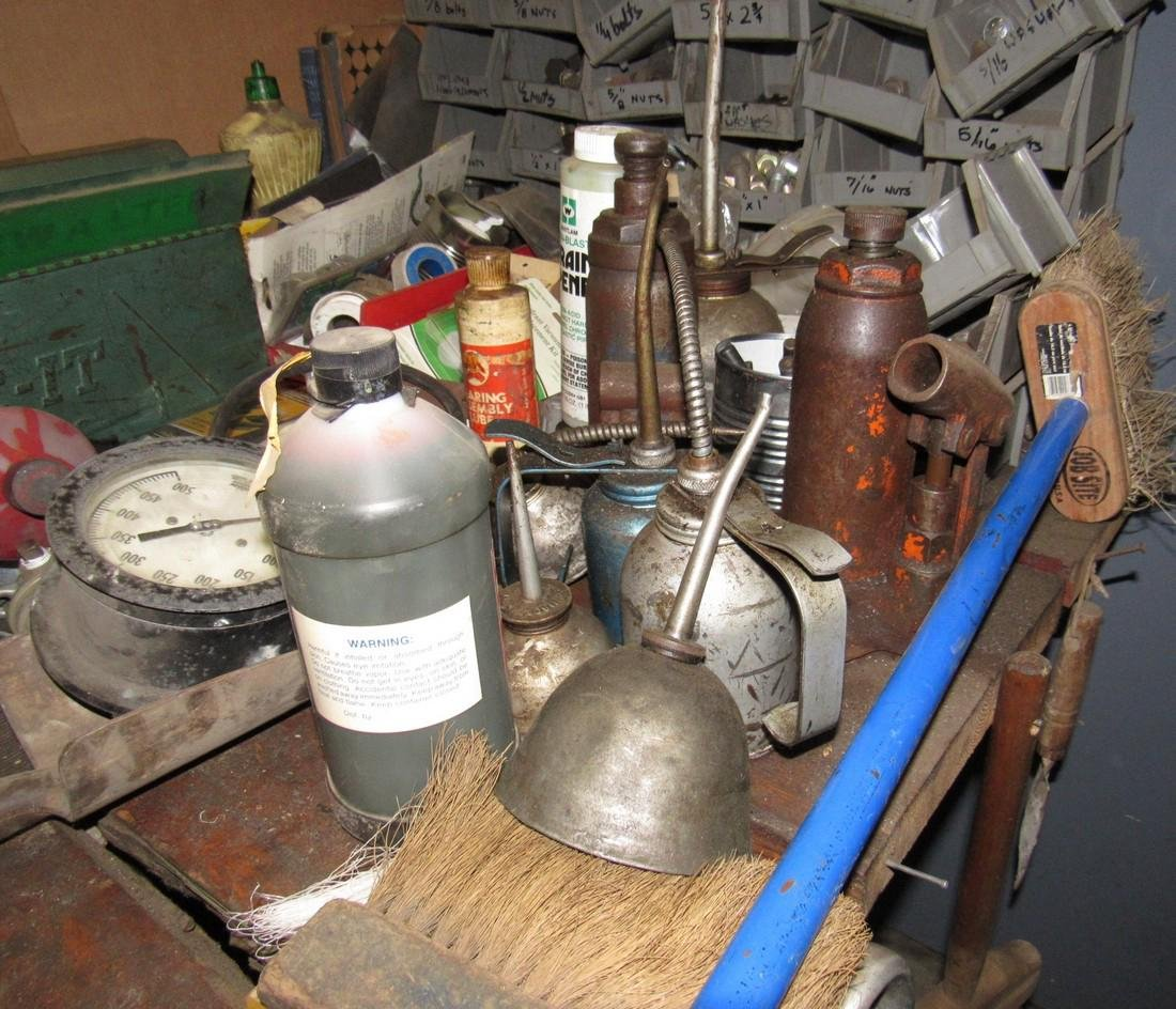 Oil Cans Bottle Jacks Hardware Dust Pans Tools - 2