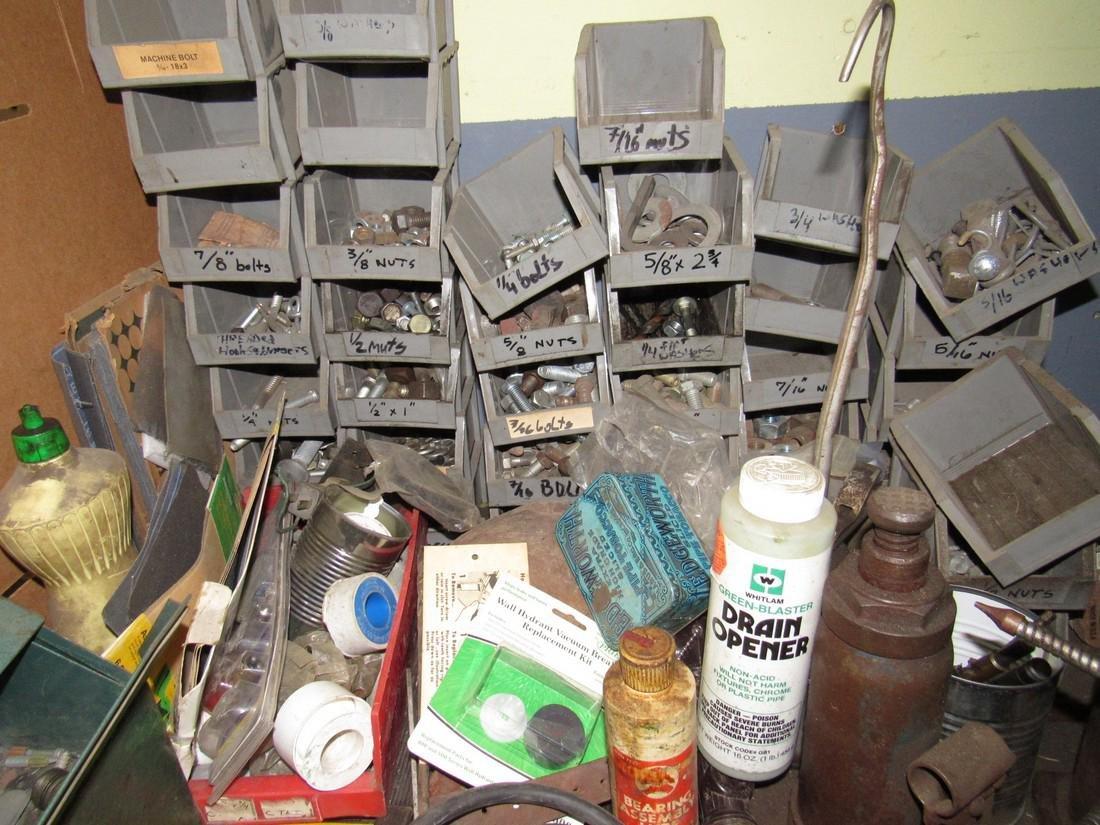 Oil Cans Bottle Jacks Hardware Dust Pans Tools - 5