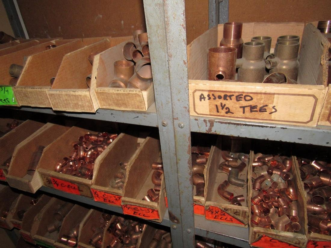 Large Lot of Copper Pipe Tubing Fittings - 8