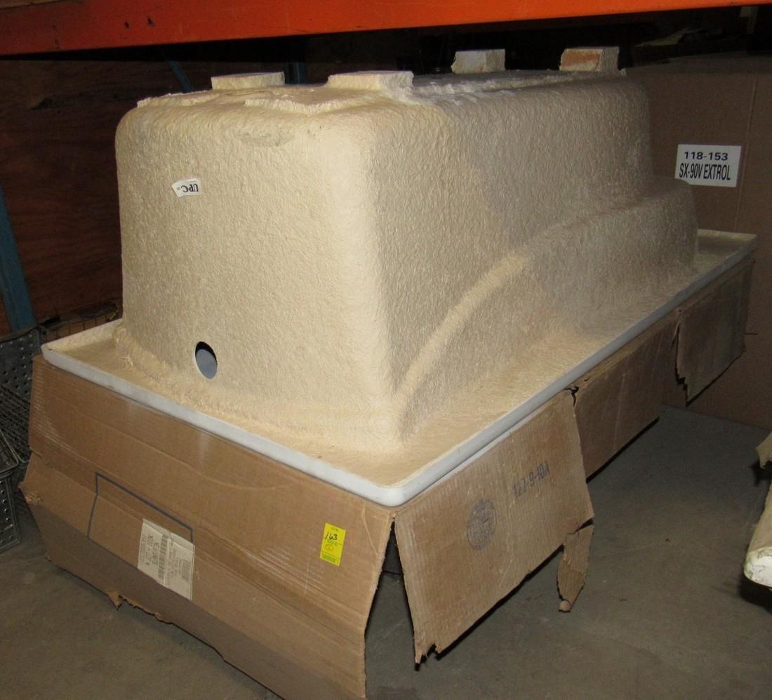 5'  x 3' Mariposa Soaking tubs