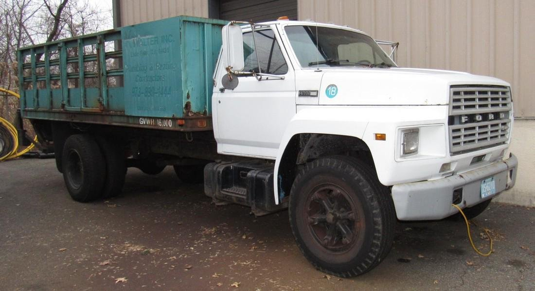 1984 Ford F600 Diesel Rack Body Truck