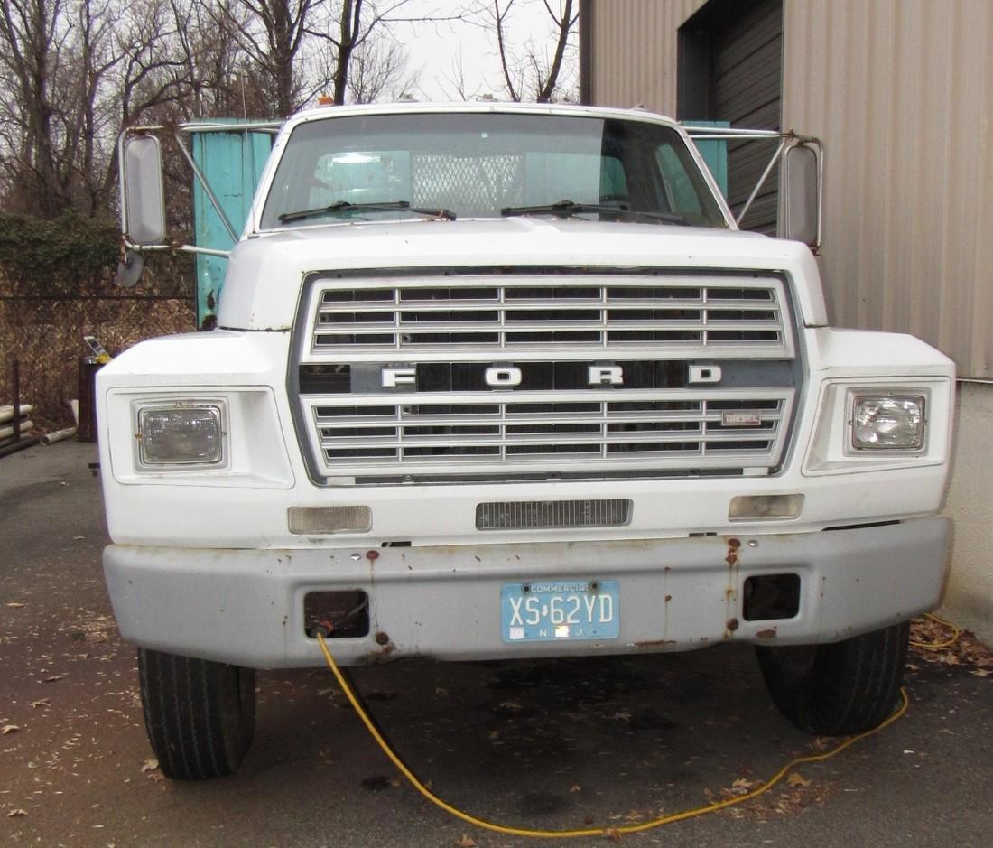 1984 Ford F600 Diesel Rack Body Truck - 2