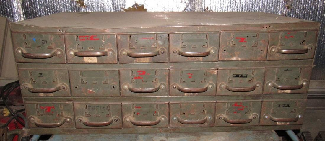 18 Drawer Parts Cabinet