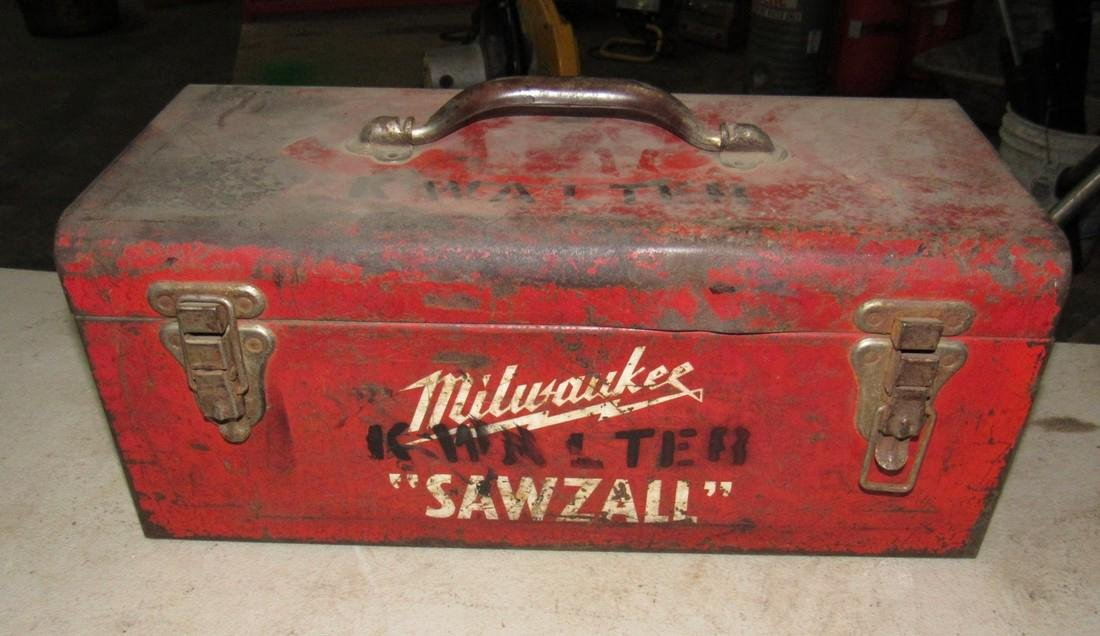 2 Milwaukee Sawzalls Reciprocating Saws - 3