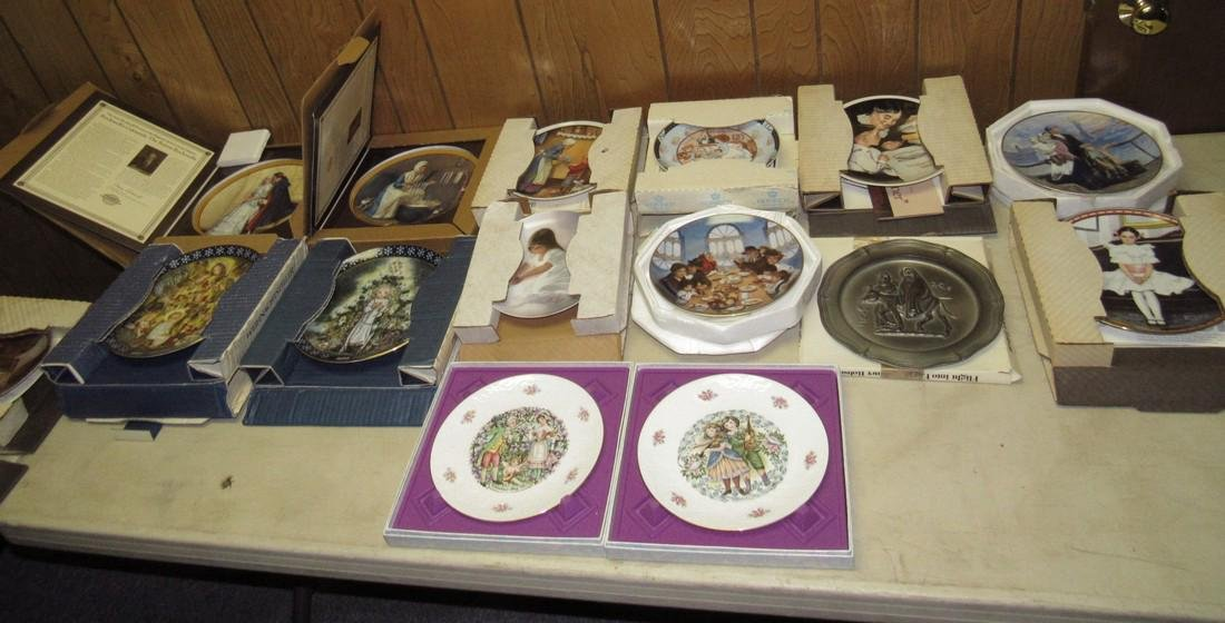 Lot of 44 Collector Plates Norman Rockwell Goebel