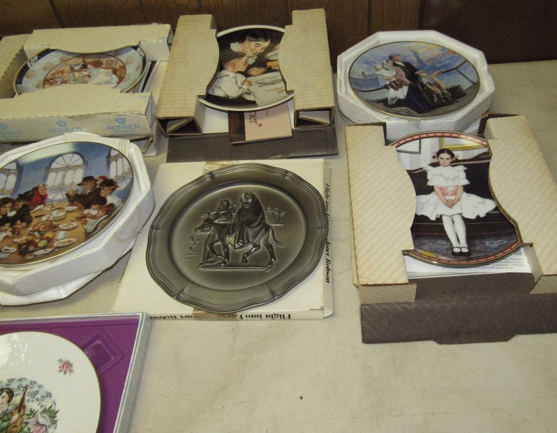 Lot of 44 Collector Plates Norman Rockwell Goebel - 9