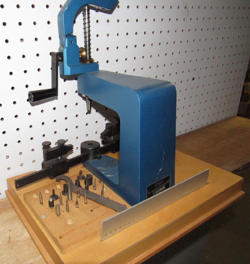 Elma Clock Press - 2