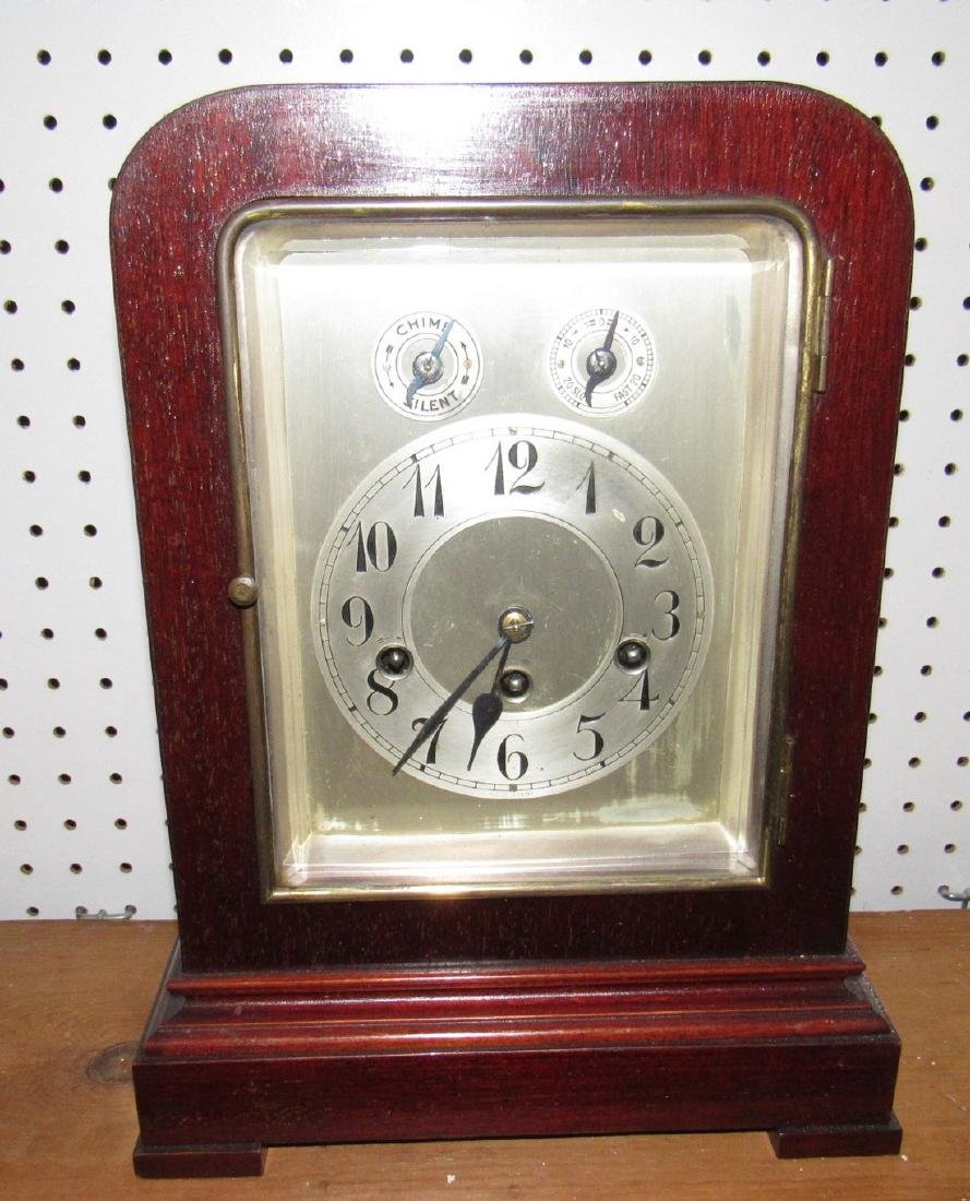 Mantle Clock w/ Beveled Glass