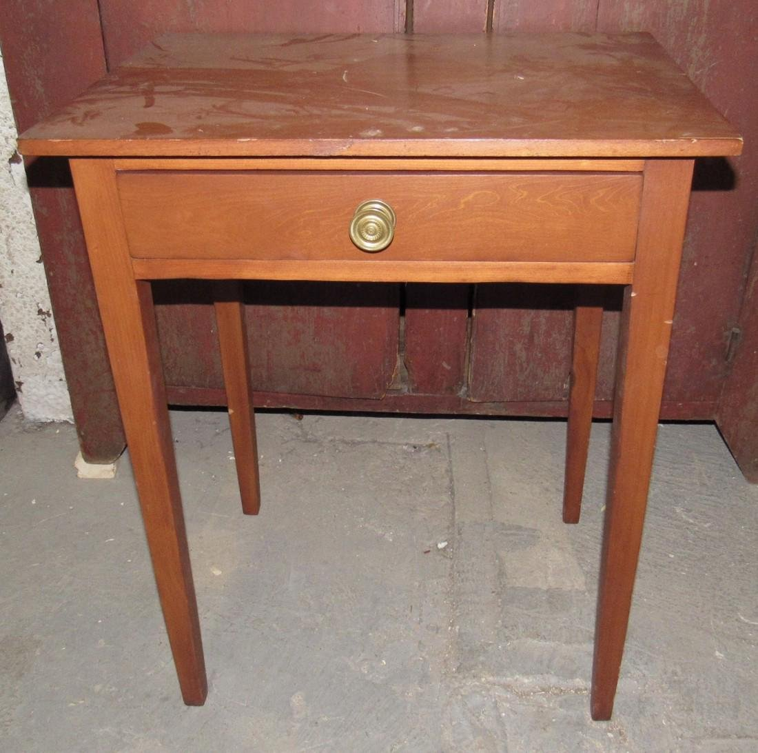 Nice One Drawer Stand w/ Tapered Legs