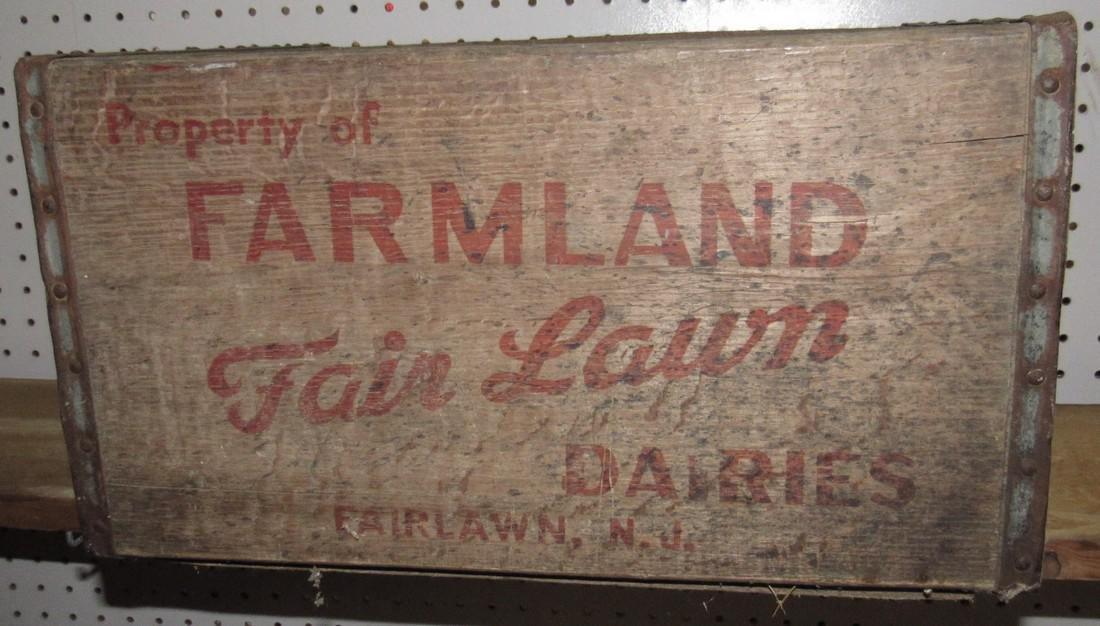 Farmland Dairies Fairlawn NJ Wooden Milk Crate - 2