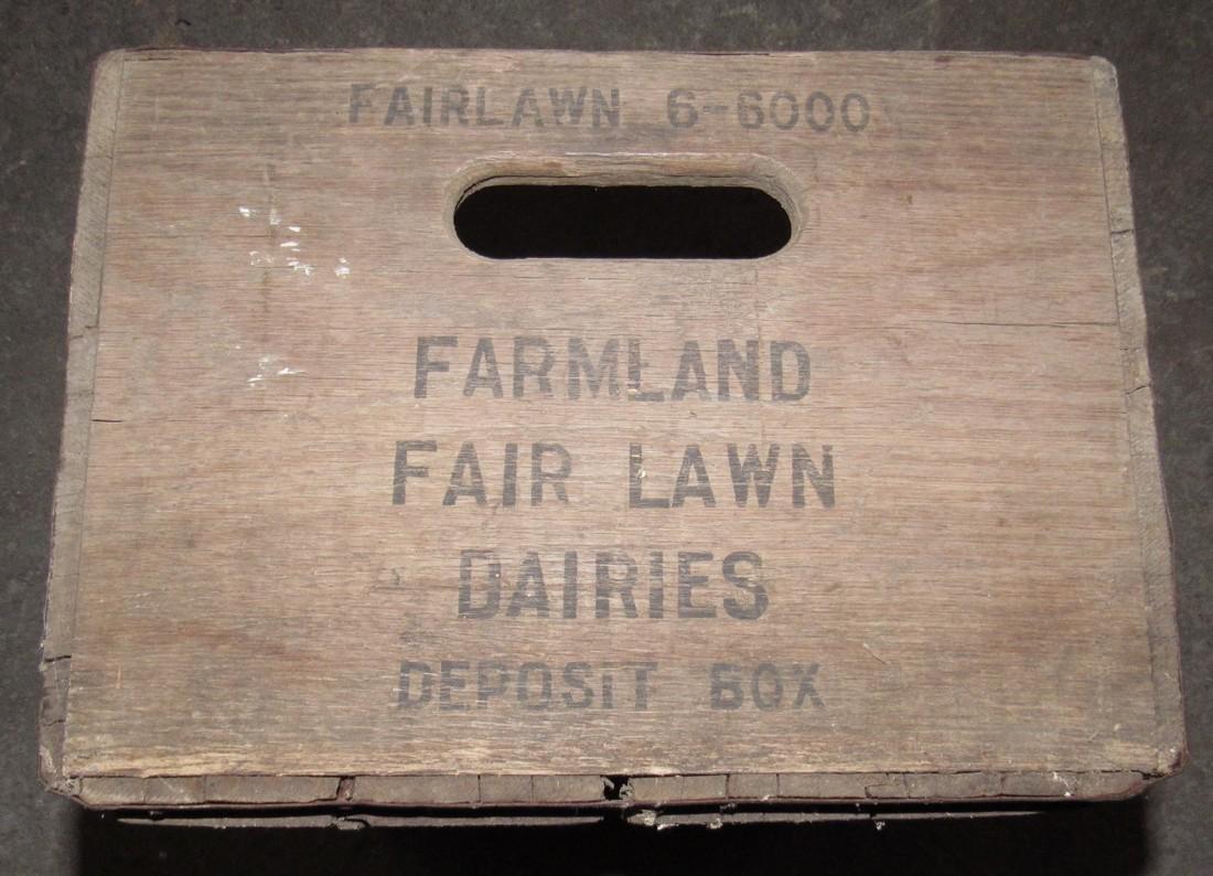 Farmland Dairies Fairlawn NJ Wooden Milk Crate - 3