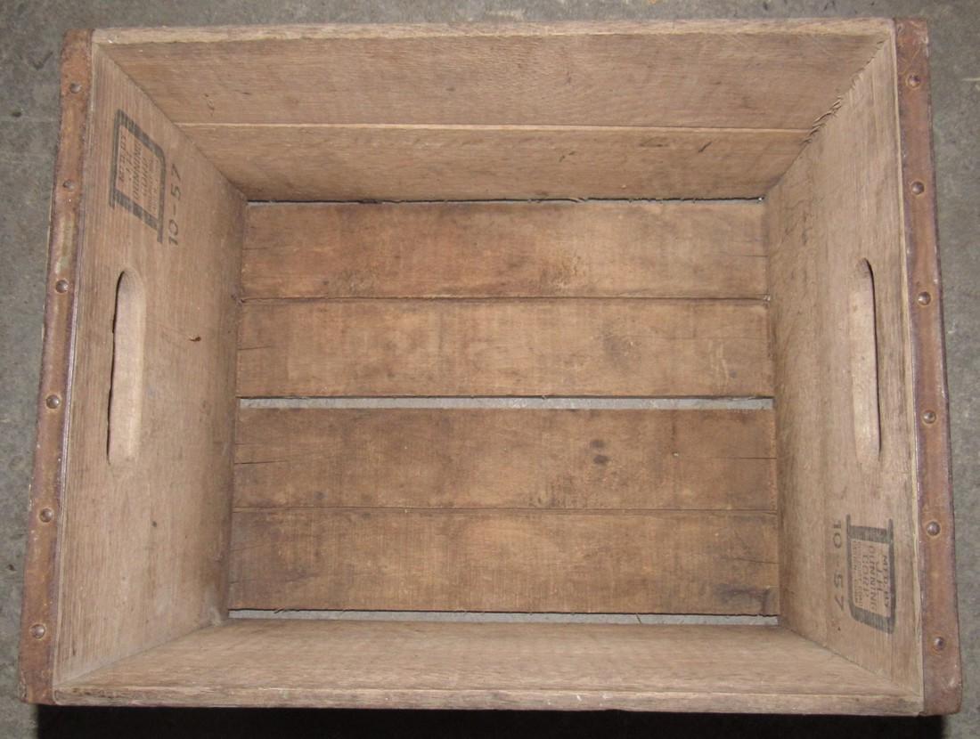 Farmland Dairies Fairlawn NJ Wooden Milk Crate - 4