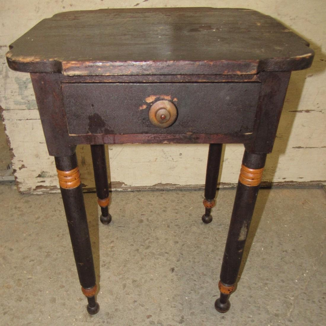 One Drawer Stand w/ Scalloped Top