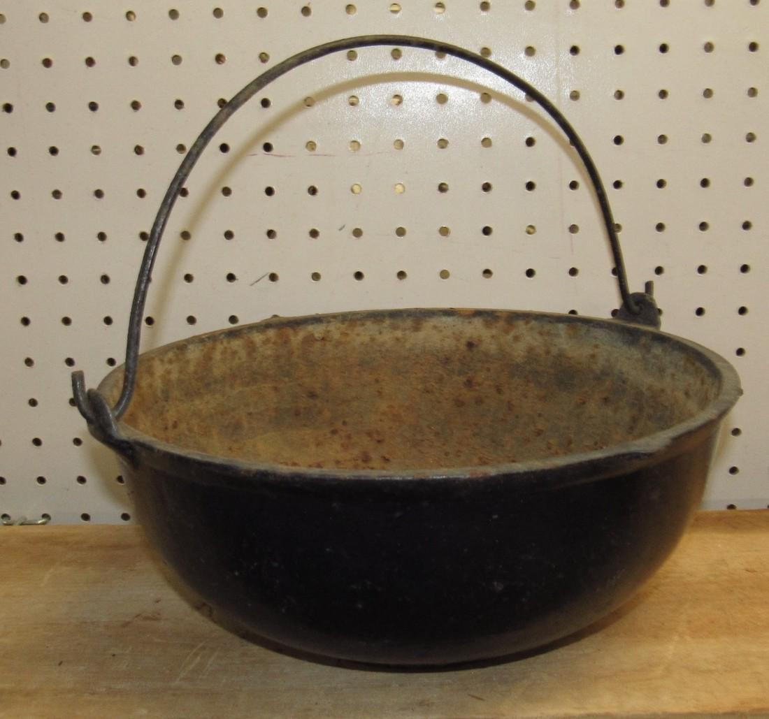Cast Iron Scotch Bowl Kettle