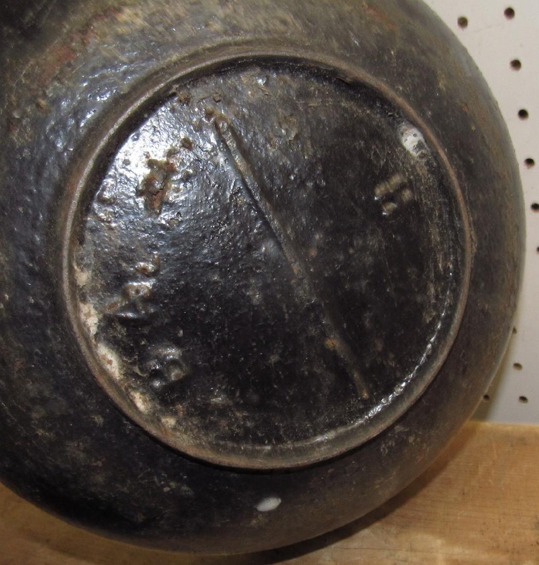Cast Iron Scotch Bowl Kettle - 3