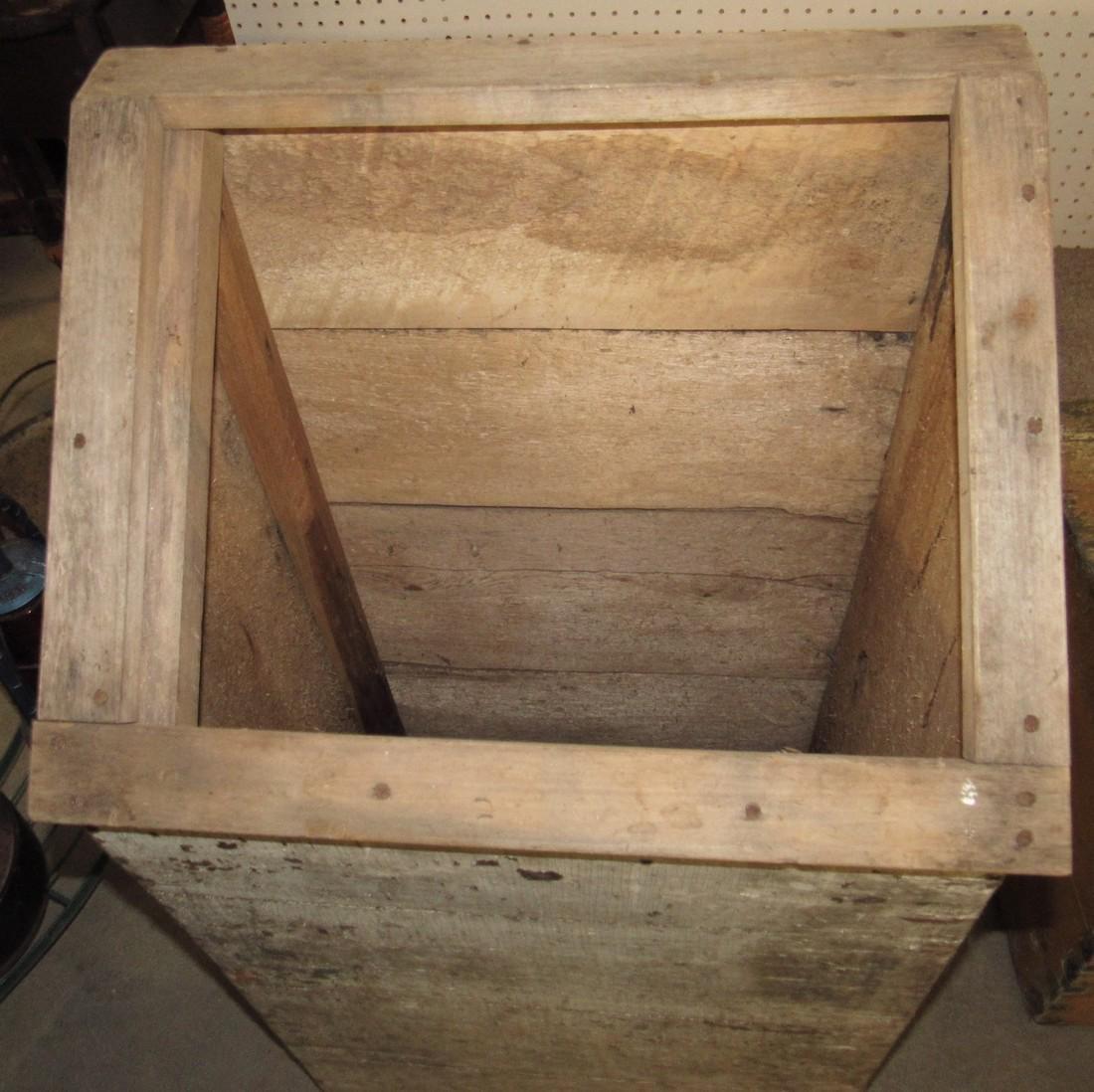 Feed Box - 2