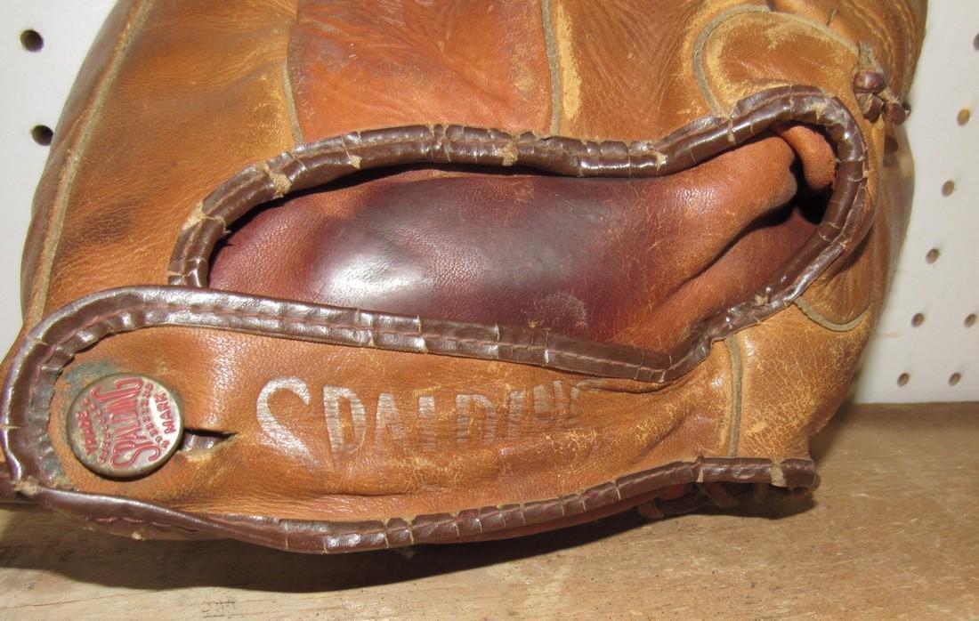 Spalding Baseball Glove - 3