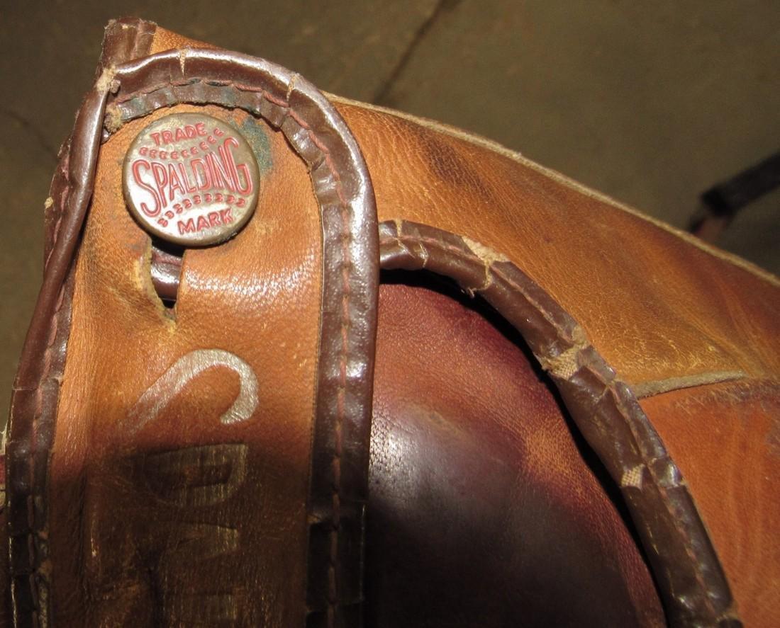 Spalding Baseball Glove - 5