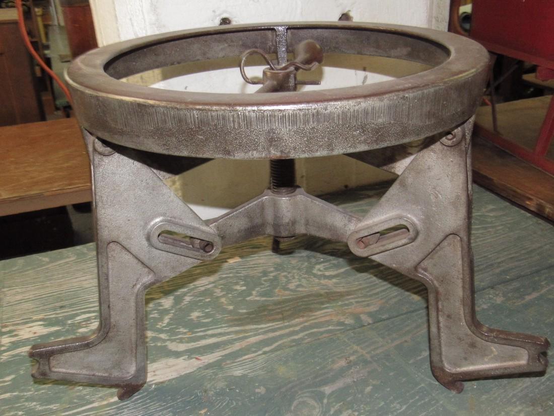 Industrial Puller / Stool