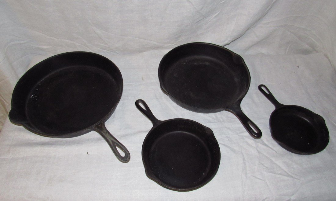 4 Cast Iron Skillets Griswold #3